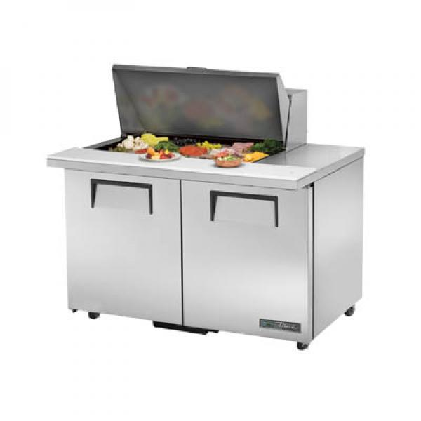 "True Refrigeration TSSU4815MBADAHC 49"" 15-Pan Mega Top Sandwich Salad Prep Unit - ADA Height"